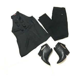 Black Sleeveless blouse w/ruffle button down- S